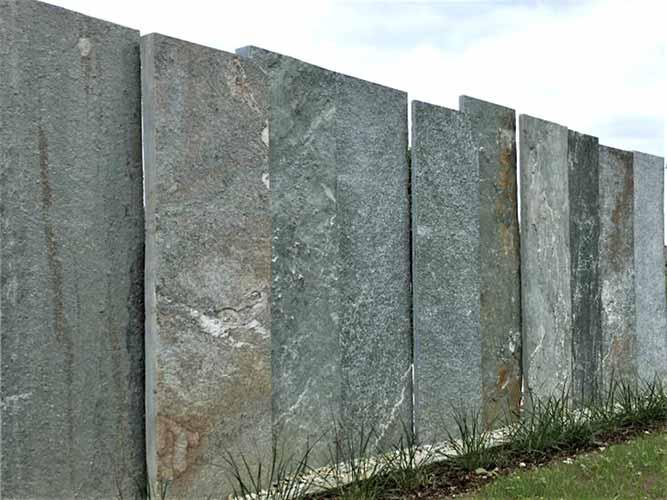 naturstein-gneis-grossplatte