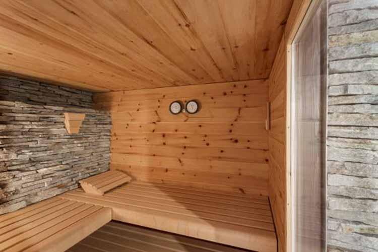 naturstein-gneis-sauna